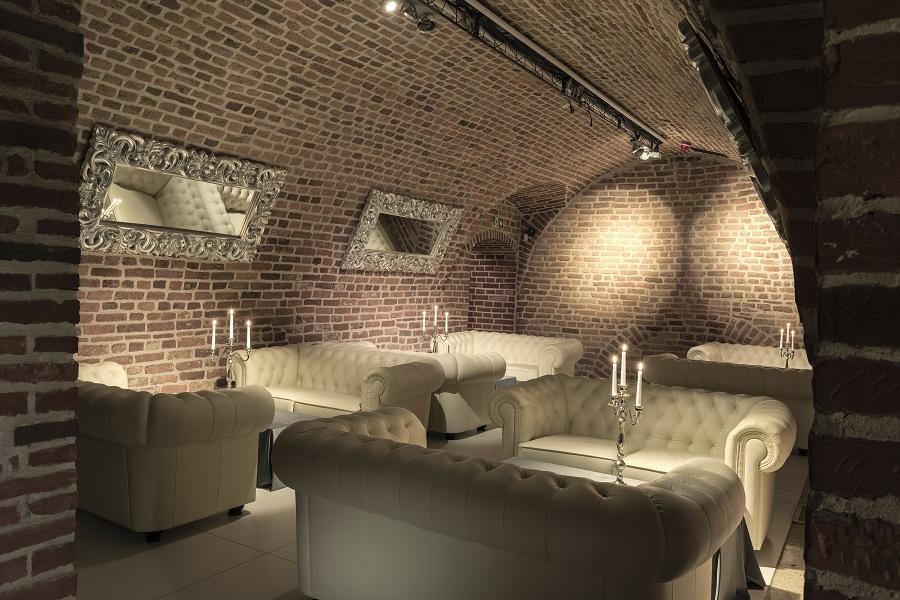 Restauracja W Piwnicy Belotto W Pałacu Prymasowskim