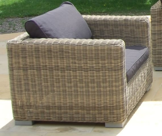 Miloo :: Armchair garden Florence with armrests