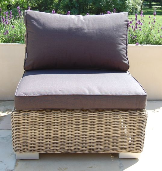 Miloo :: Middle Garden Sofa Element Florence